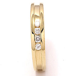Smuk guld ring i 8 karat guld