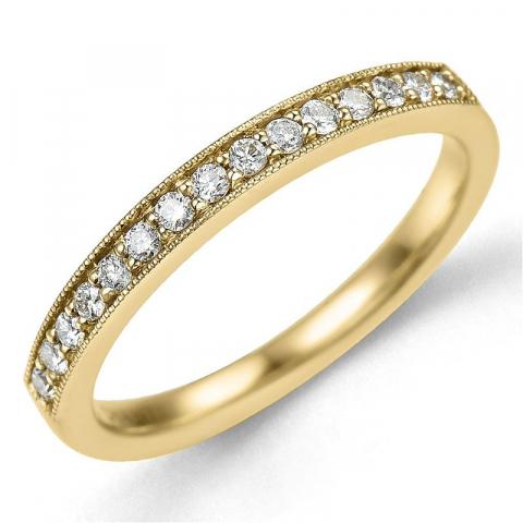 Smal diamantring i 14 karat guld 0,20 ct