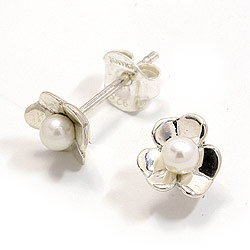 Blomster øreringe i oxideret sterlingsølv