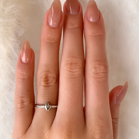 Sød hjerte ring i sølv