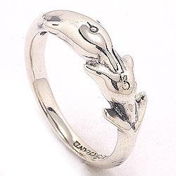 Delfin ring i oxideret sterlingsølv